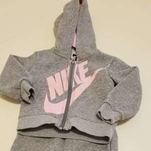 Nike Sweatsuit set baby girl 18m